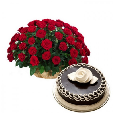 red roses and a chocolate cake
